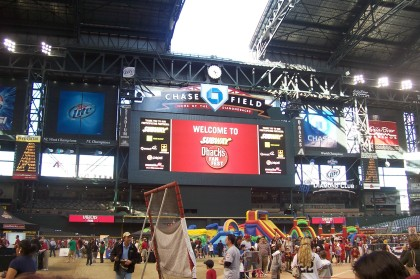 subway-d-backs-fan-fest-the-jumbotron